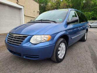 2007 CHRYSLER TOWN  and  COUNTRY 4DR