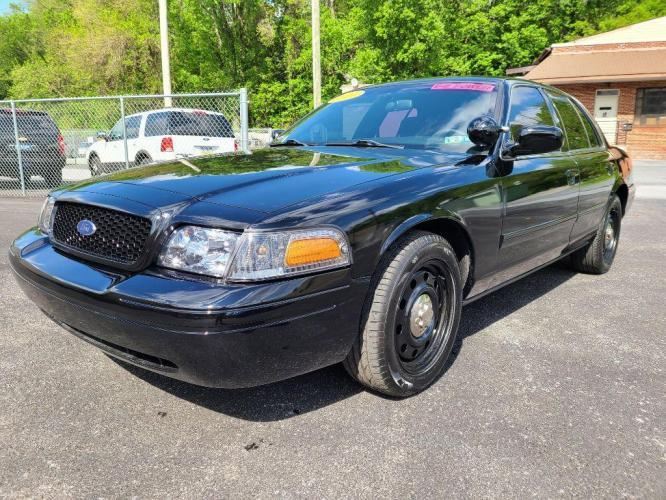 2011 FORD CROWN VICTORIA 4DR